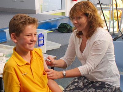 Британия намерена потратить на вакцинацию детей от гриппа 155 млн. долларов