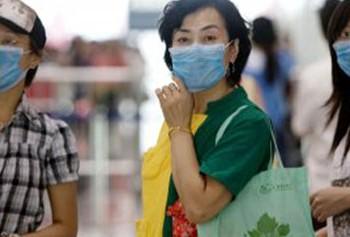 В Китае вылечили первую пациентку, но радости от этой новости мало
