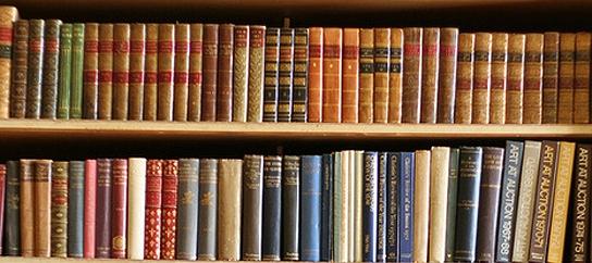 Книги для современных людей и какой шкаф для них подобрать