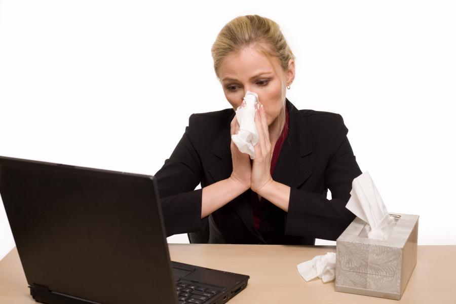 Можно ли при простуде не брать больничный?