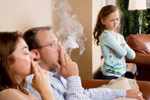 Вред табачного дыма для ребенка