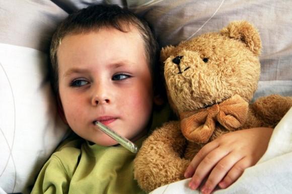 Последствием гриппа и простуды у детей может стать инсульт