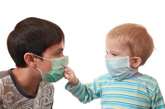 Каждый третий ребенок становится подвержен гриппу на сложной стадии