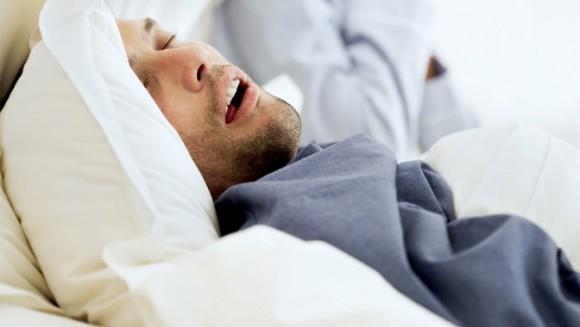 Храп вызывает смертельное заболевание легких! Сколько храпеть вредно?