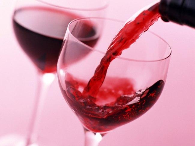 Вино – хорошее средство профилактики свиного гриппа