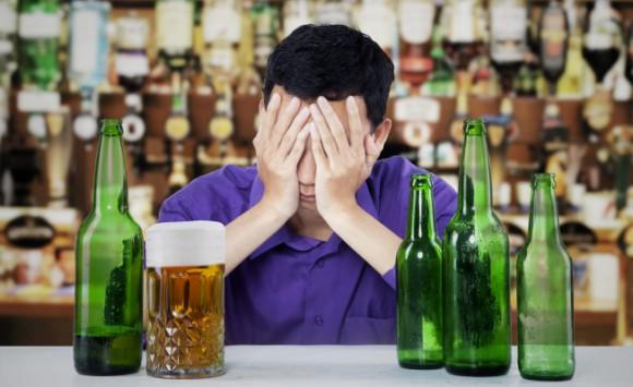 Спиртное меняет работу иммунитета после первого бокала – ученые