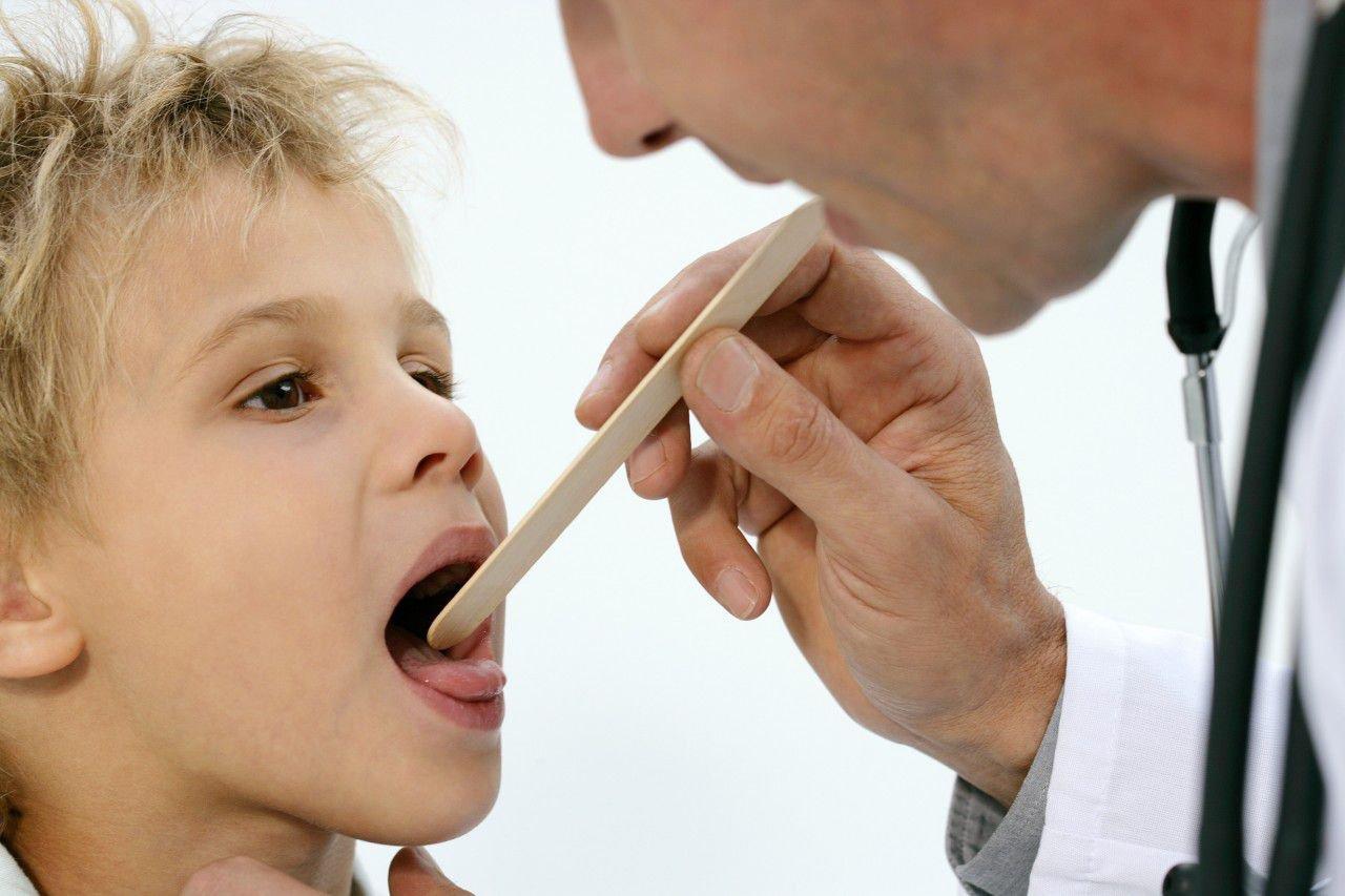 Как лечить ОРЗ у детей?