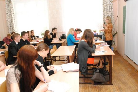 В Кирове из-за эпидемии гриппа и ОРВИ закроют все школы