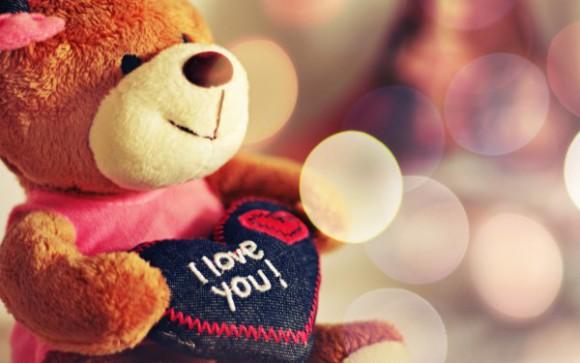 Что подарить любимой девушке на 8 марта?