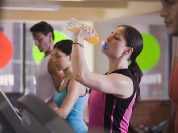 Абонемент в зал: насколько допустимо продолжать тренировки во время простуды