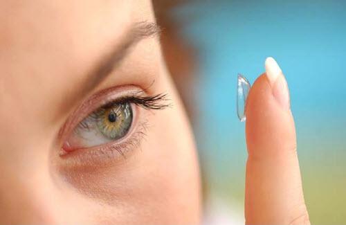 Советы по ношению контактных линз