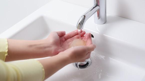 Эффективность антибактериального и обычного мыла оказалась одинаковой