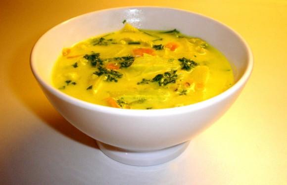Куриный суп помогает быстро победить простуду