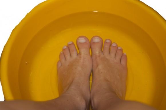 Нужно ли парить ноги при простуде