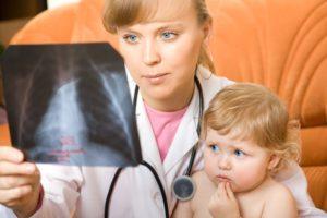 У ребенка пневмония