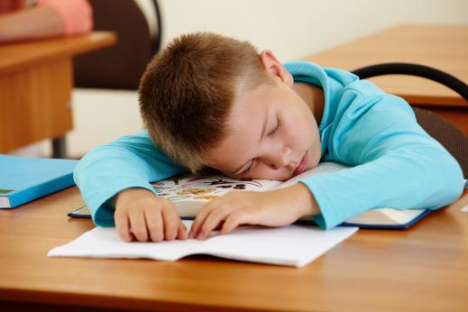 Школьники, которые недосыпают, чаще болеют