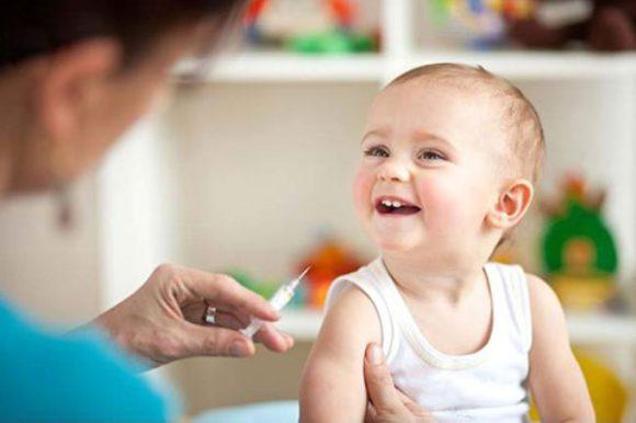 Прививка: благо или вред для малыша