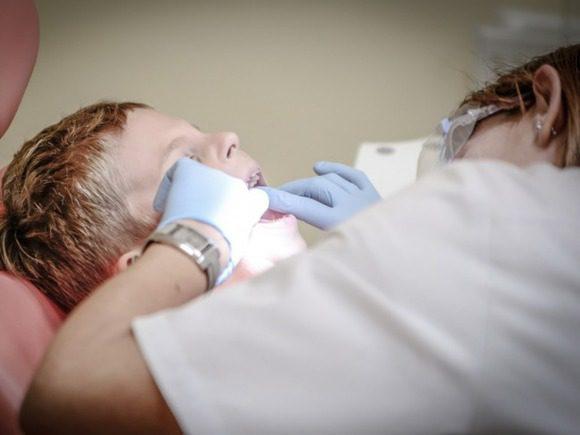 Медики: Пневмония грозит тем, кто не ходит к стоматологу
