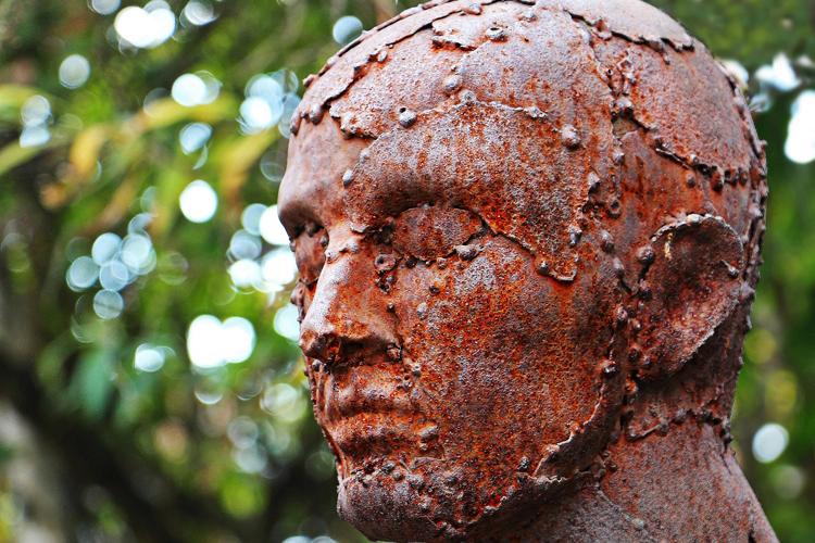 Головные боли в лобной части: причины, способы борьбы