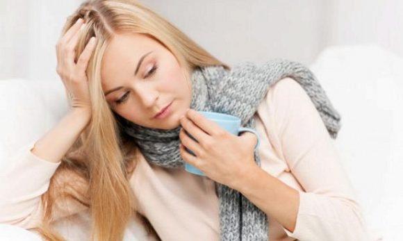 Заболевшее горло полезно лечить мороженым