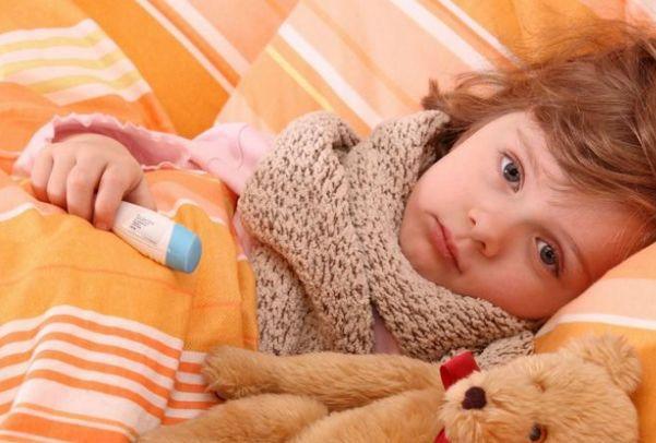 У ребенка простуда? Не играйте с ней в поддавки