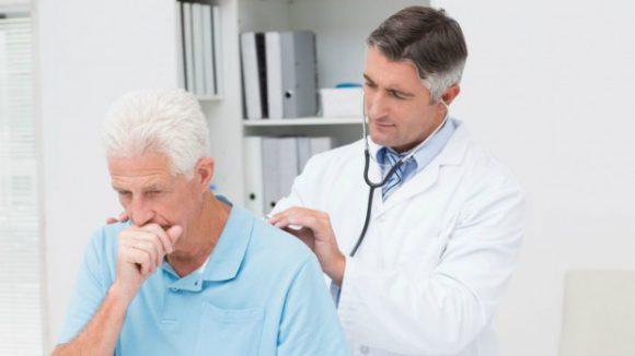 Без лечения острая форма бронхита переходит в хроническую