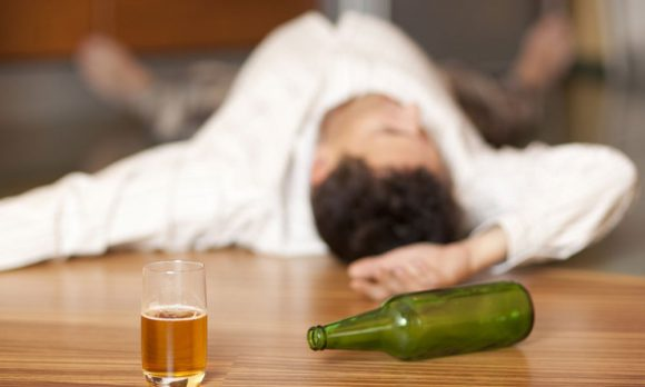 Алкоголь значительно понижает иммунитет ВИЧ-пациентов