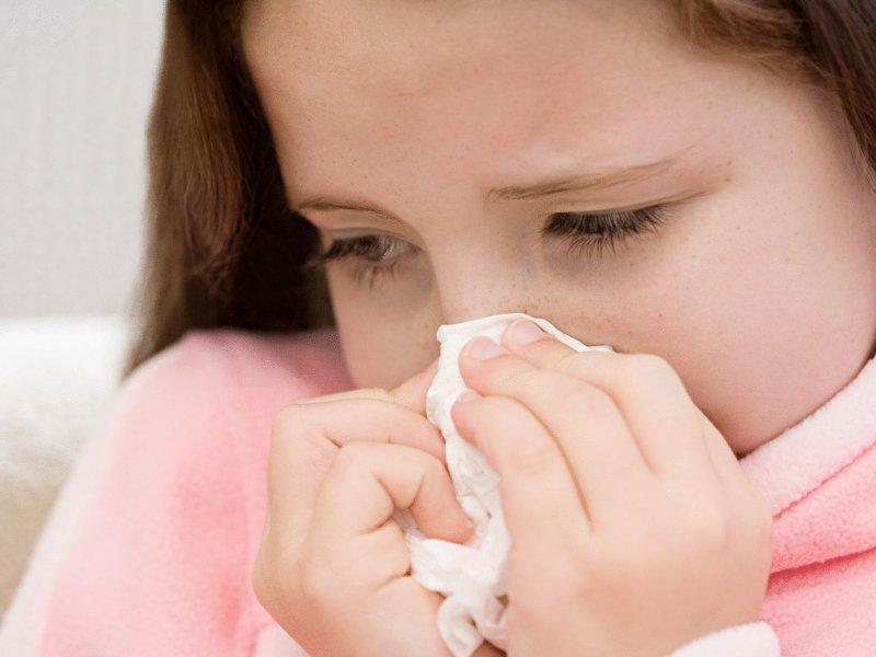Как эффективно избавиться от насморка?