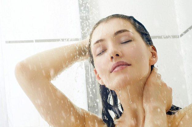 Заболеть туберкулезом в душе: медики раскрыли все опасности ванной комнаты