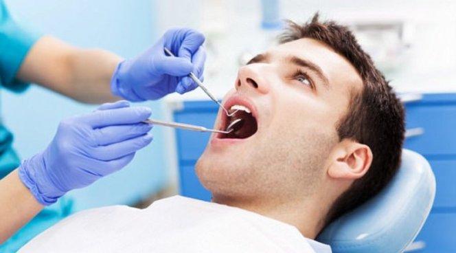 Стоматологи виноваты в появлении неистребимых бактерий