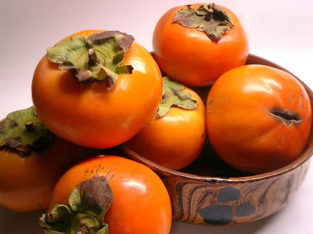 Медики подсказали, какой фрукт поможет вылечить ангину