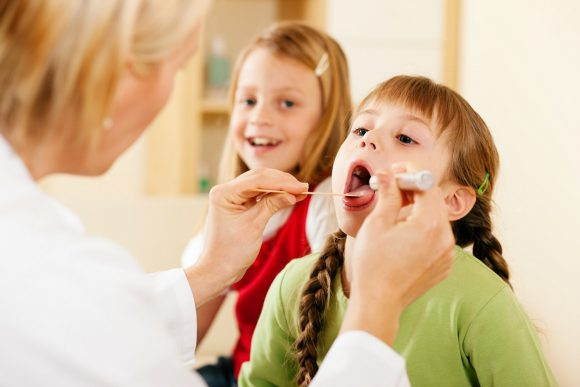 Боль в горле: причины и способы лечения