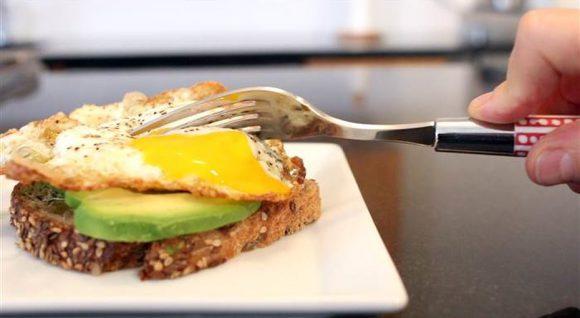 Как не стоит готовить яйца, если вы опасаетесь сальмонеллёза