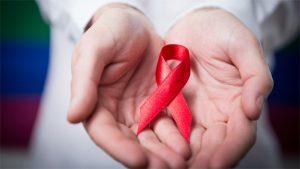 Ученые: ВИЧ вынуждает зараженные иммунные клетки убивать себя