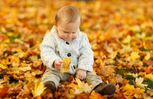Советы врача на осень: одевайтесь по погоде и закаляйтесь
