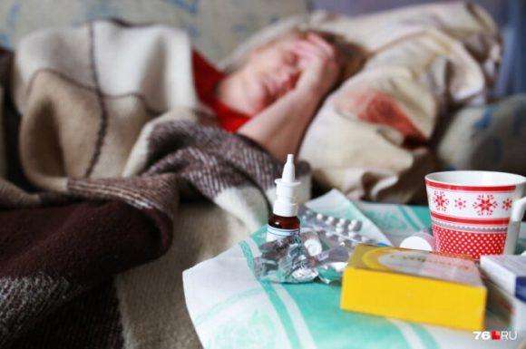 Медики рассказали, помогают ли мед и варенье при простуде