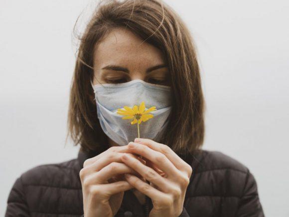 Потеря запаха или вкуса — первый или единственный симптом коронавируса из 40% инфицированных