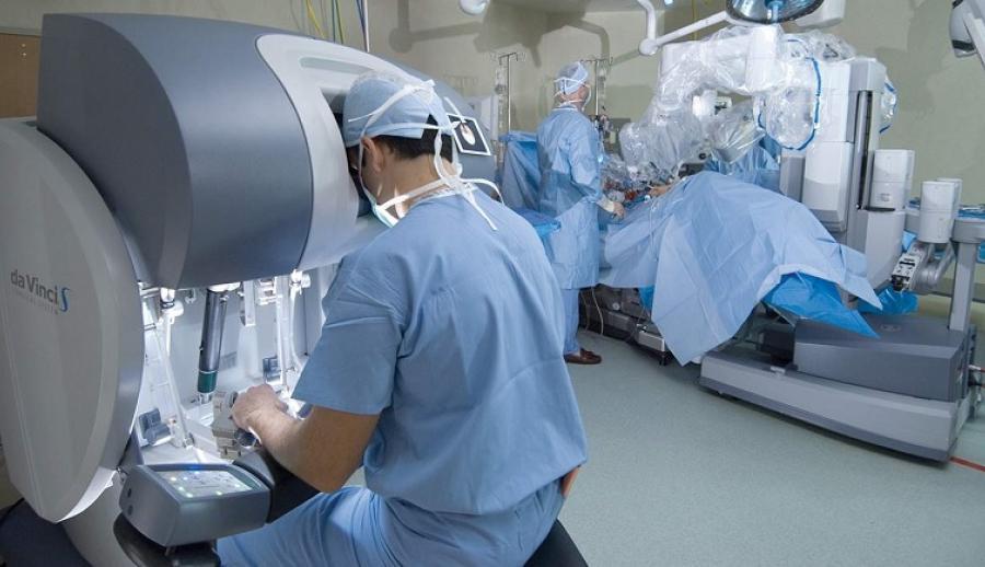 Робот Da Vinci: инновационная хирургия в клинике им. Жоржа Брюгманна