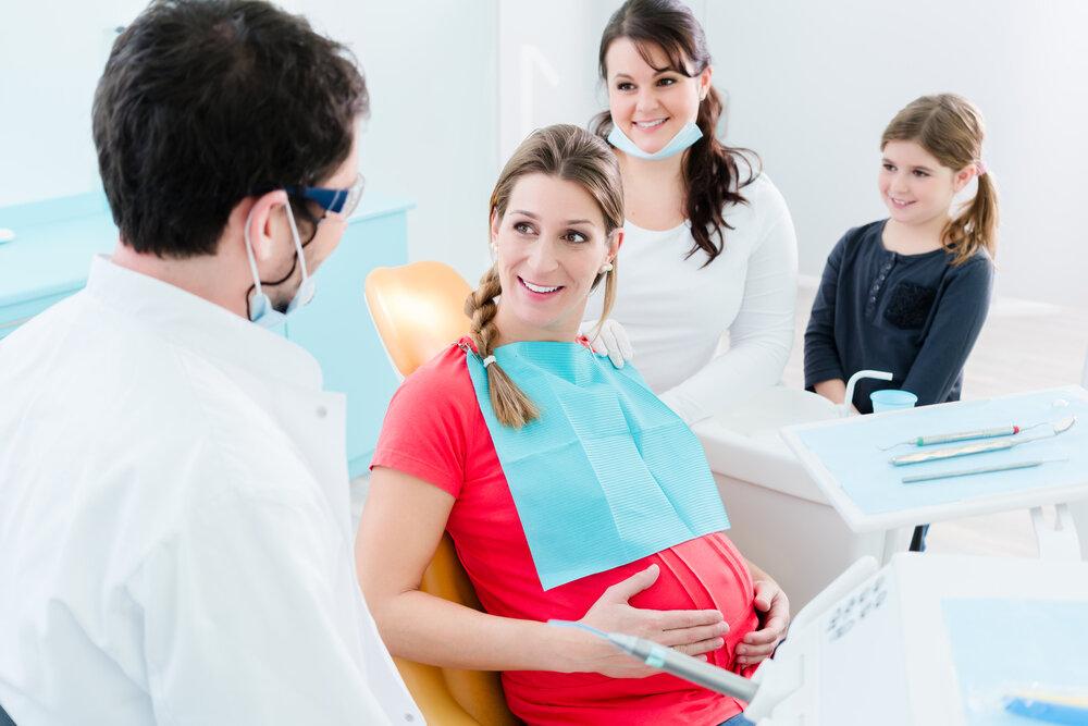 Факты и мифы о лечении зубов при беременности