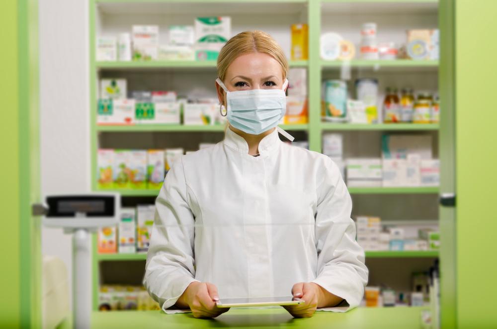 Остановить пандемию: какие препараты могут спасти от коронавируса