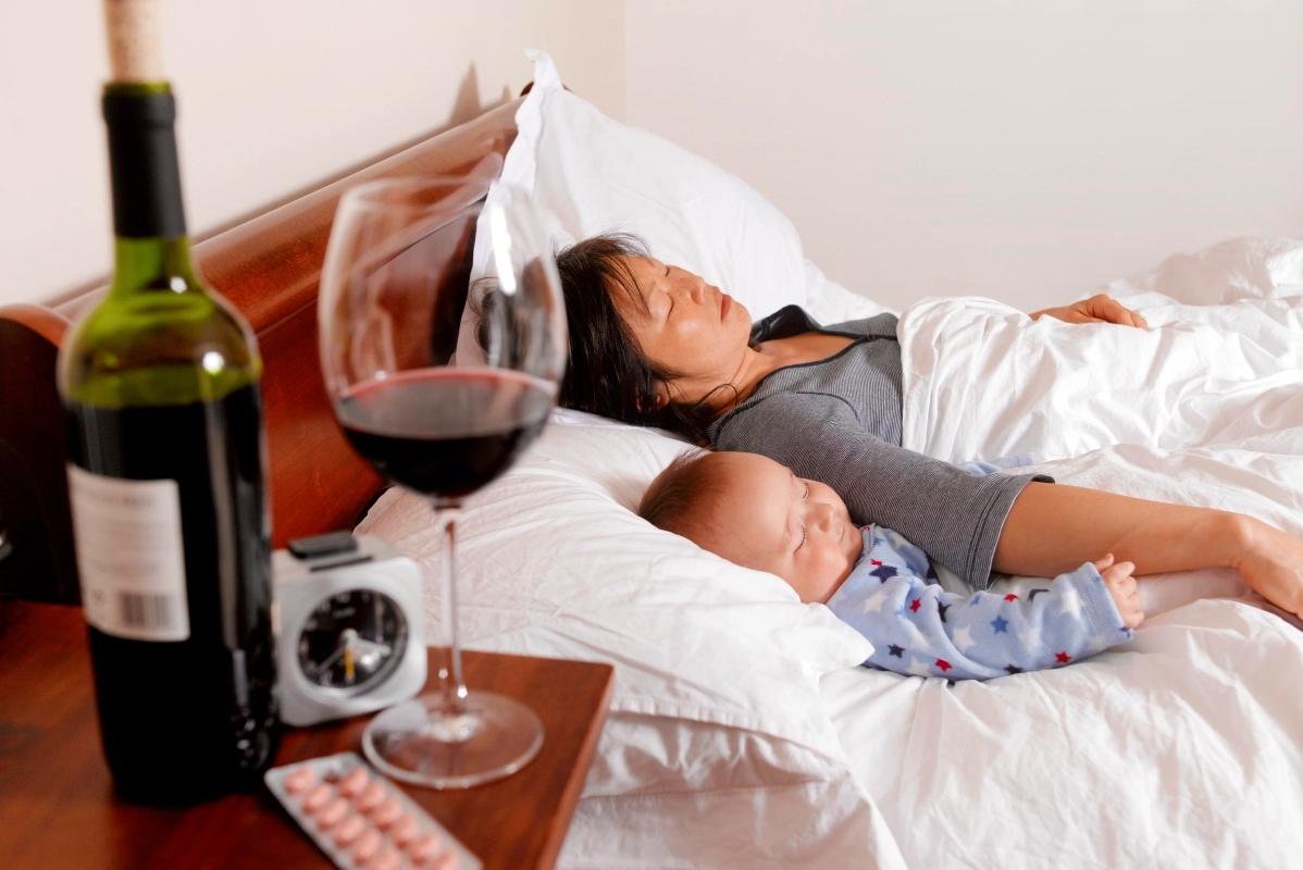 Допустим ли алкоголь при грудном вскармливании