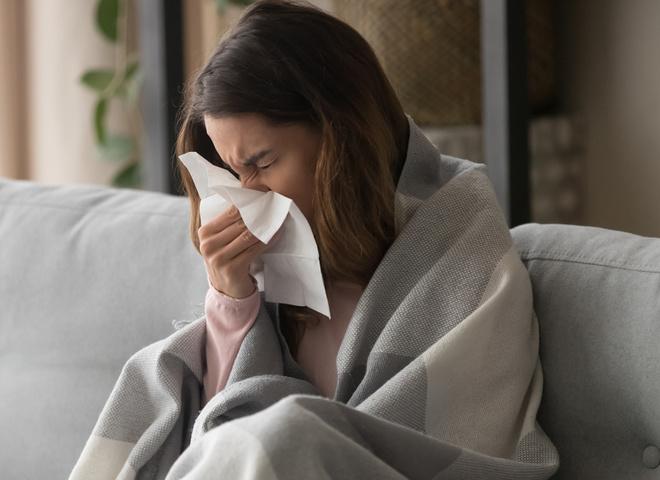Болит горло: чем лечить в домашних условиях?
