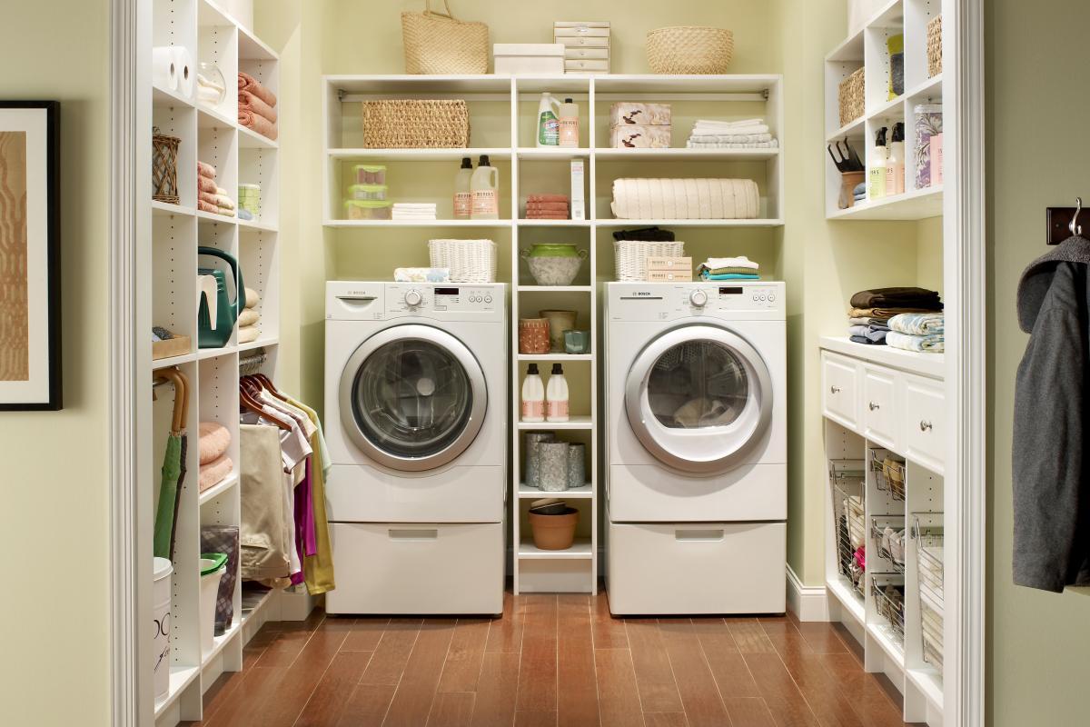 Как изменить планировку кухни в доме, чтобы включить в нее грязную комнату или прачечную ?